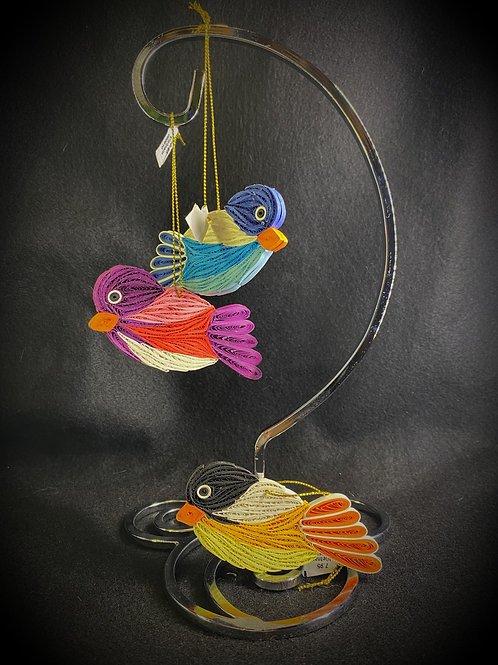 Bird made by quilling