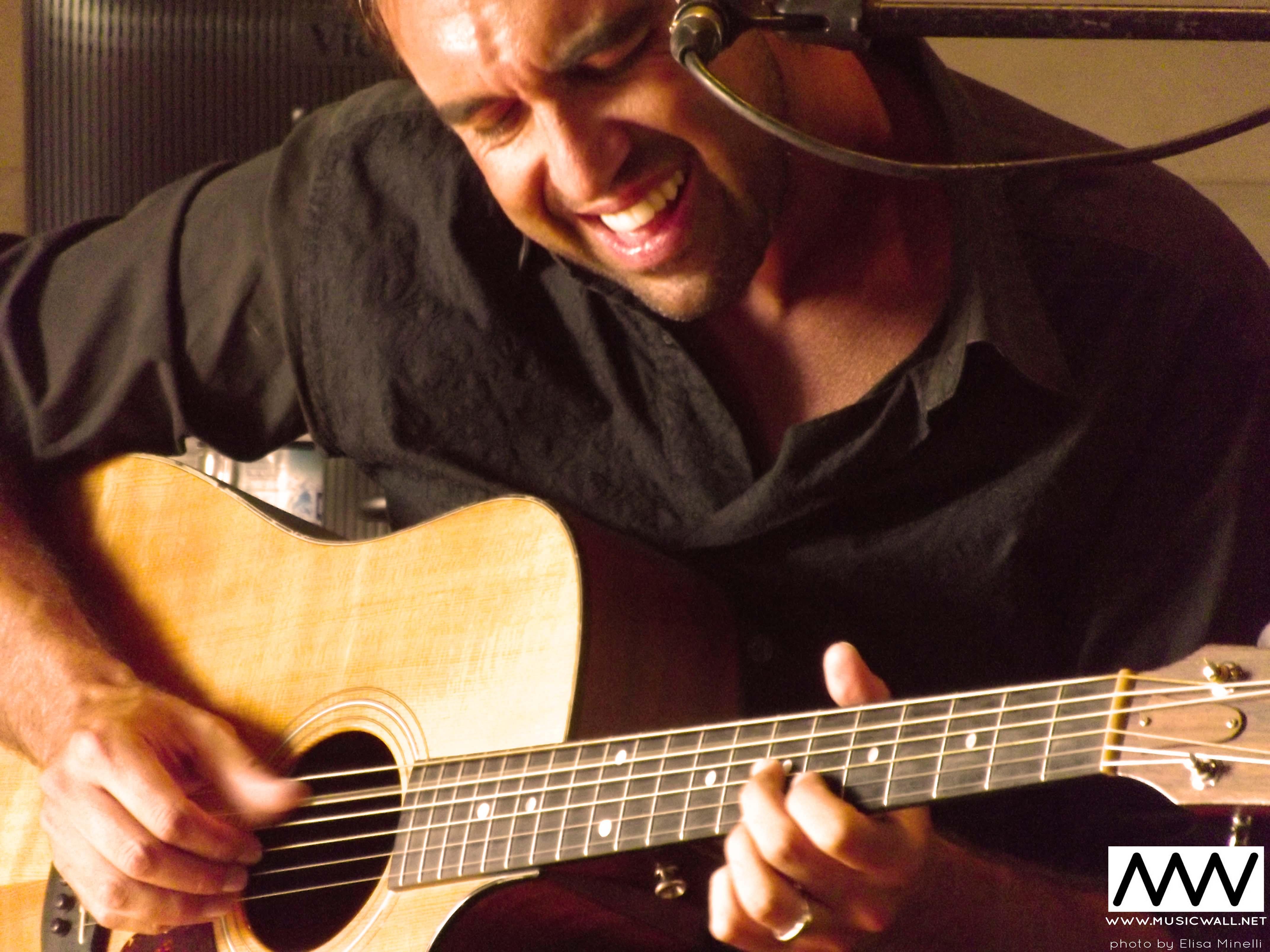 MusicWall.net Alex Gariazzo 1.JPG