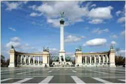 Monument_place.jpg