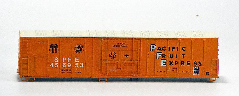 (HO) Vintage 57' Mechanical Reefer Kit - Pacific Fruit Express