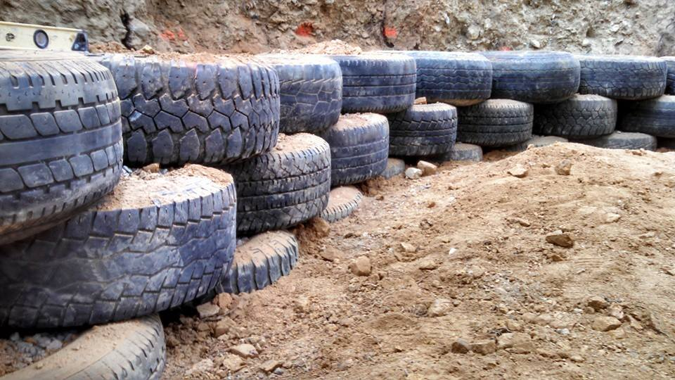 TIRE WALL 3 COURSES