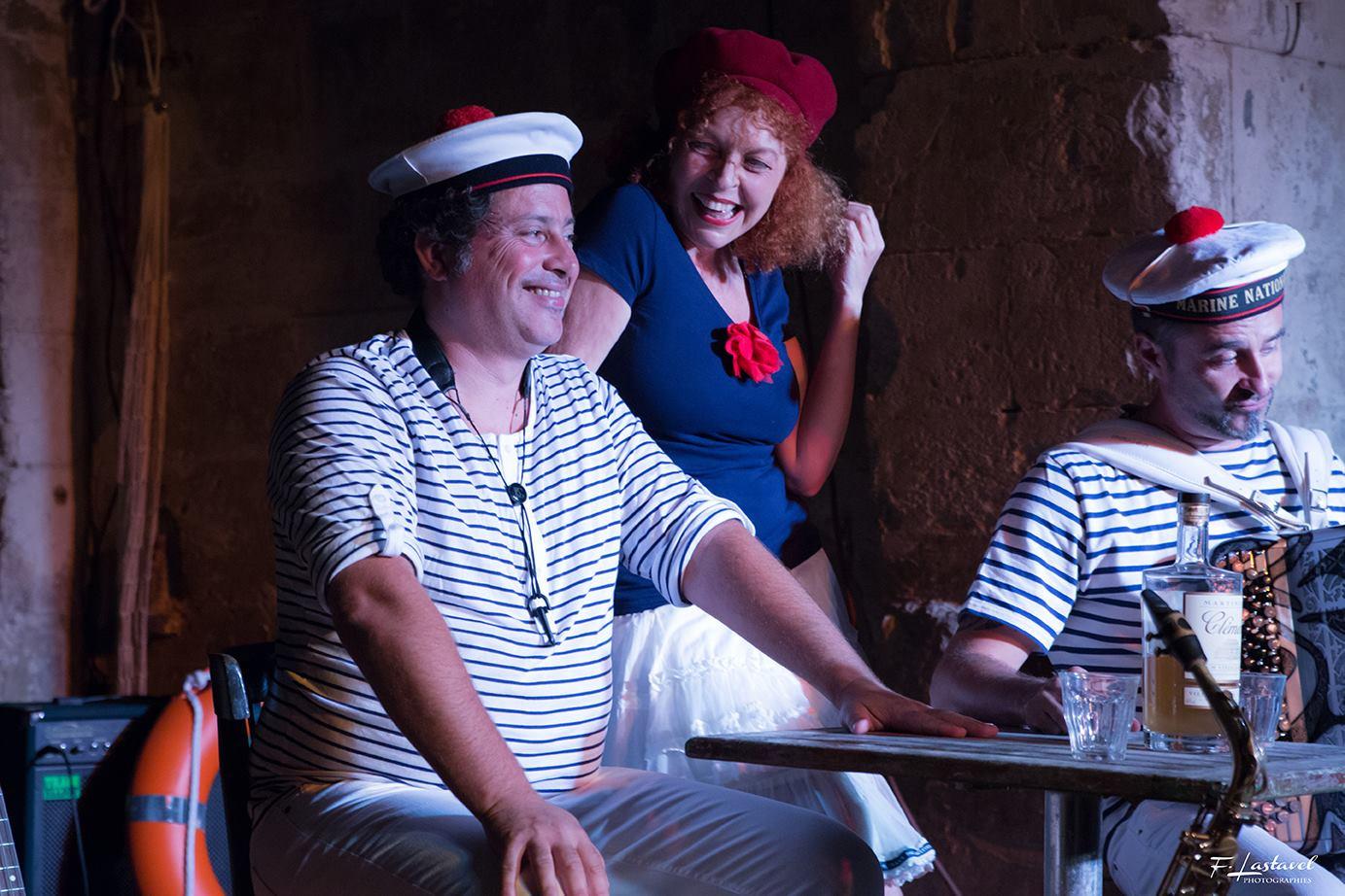 Les filles du port, photo 4