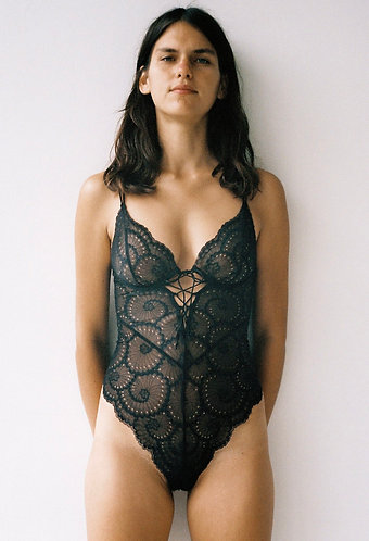 Delilah bodysuit/ Lonely