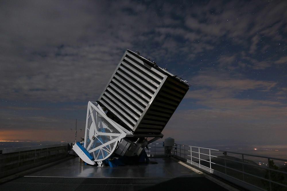 Telescópio do SDSS localizado no observatório de Apache Point, no estado do Novo México, EUA.