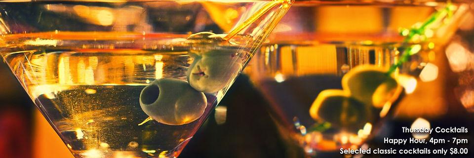 Drinks-menu-website-banner-with-Cocktail