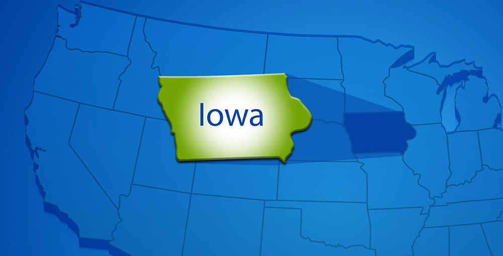 State of Iowa in green over the US in blue