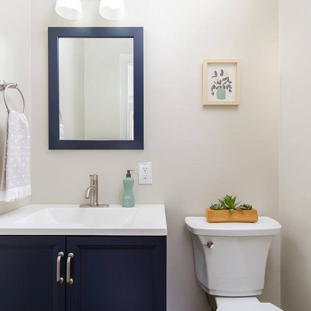 north-carolina-bathroom-staging.jpg