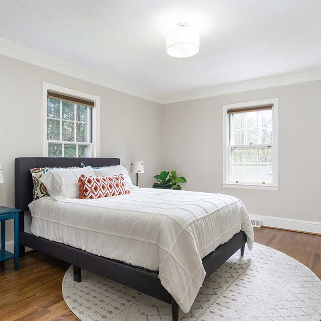 bedroom-staging-in-asheville.jpg