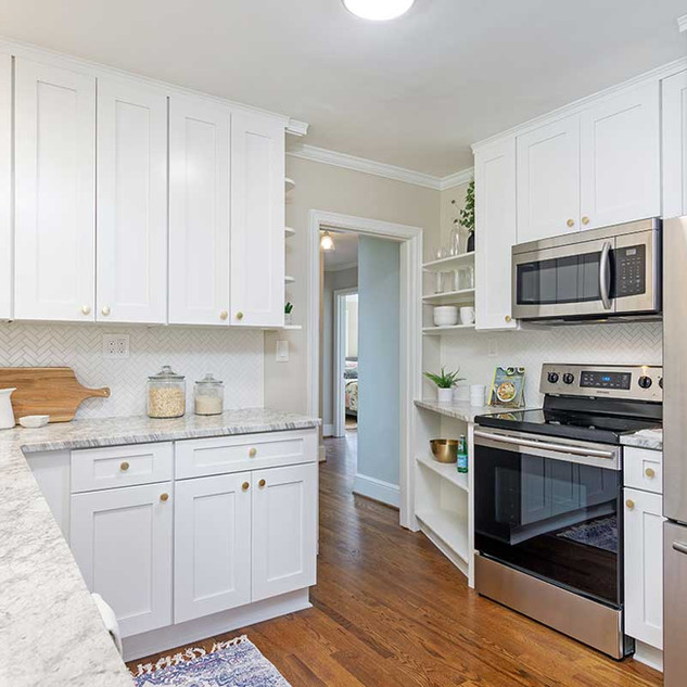 staging-a-kitchen-in-asheville.jpg
