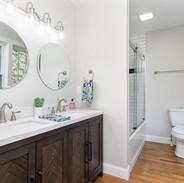 bathroom-nc-asheville-staging
