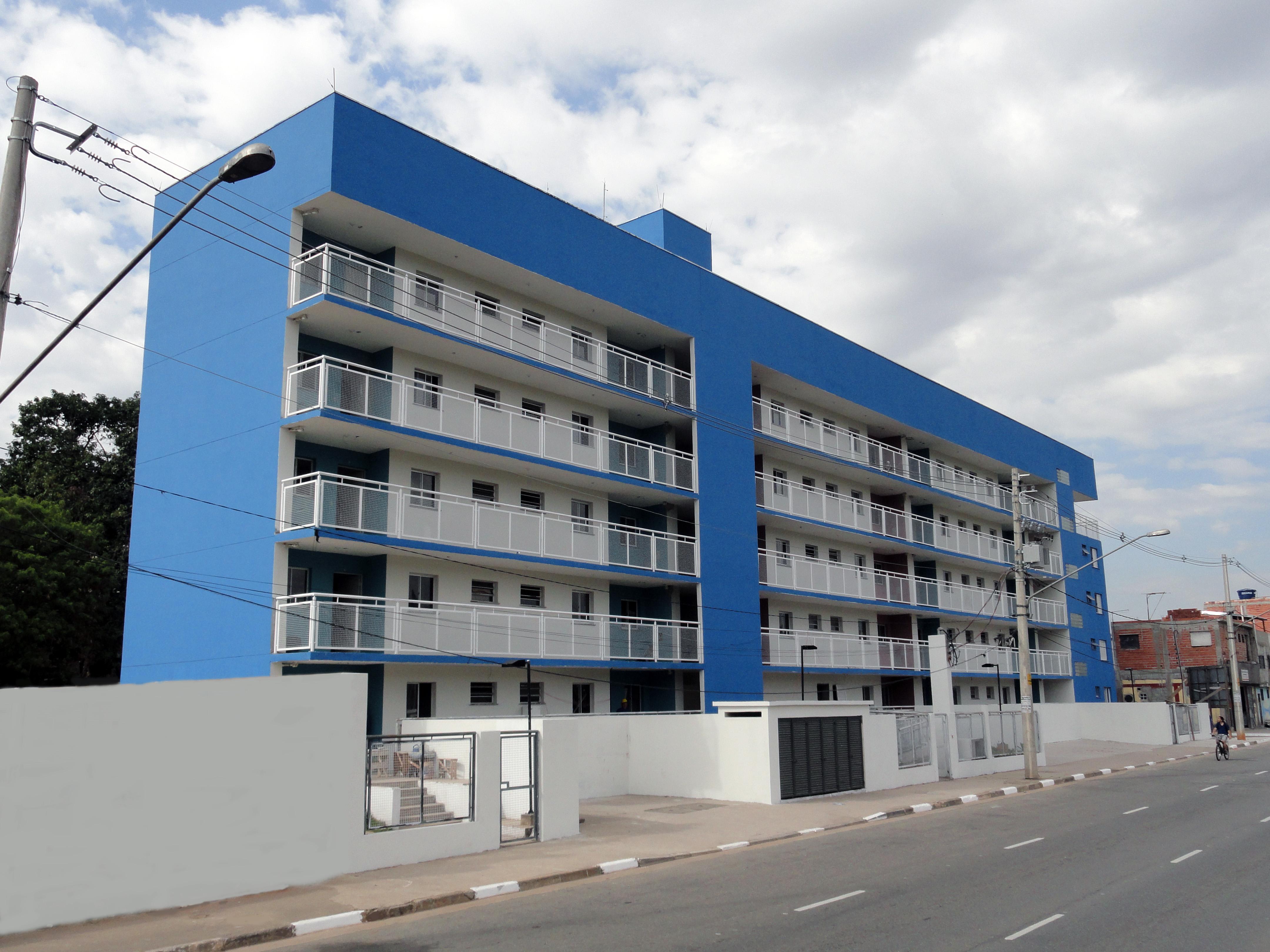Habitação social com 40 apartamentos
