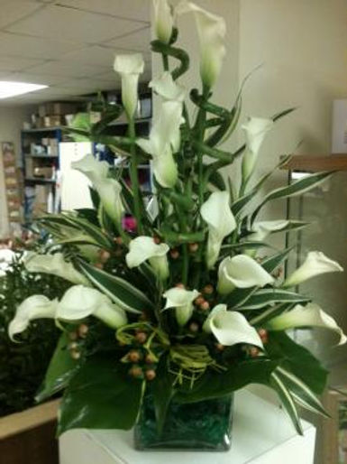 Calla Lilly Arrangement1.jpg