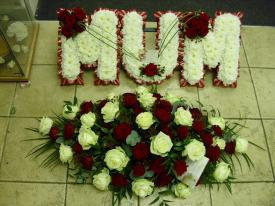 Special Offer - 3 Letter Frame and 3ft Coffin Spray