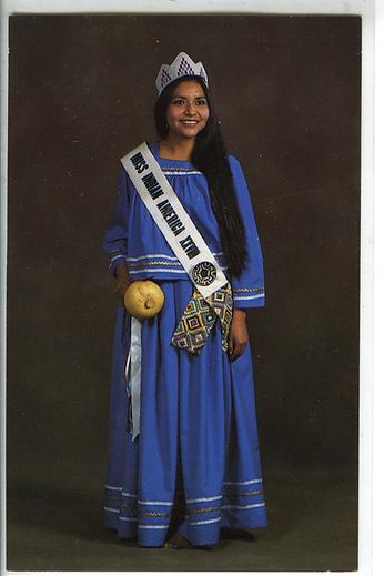 28 1981 Vivian026.tif