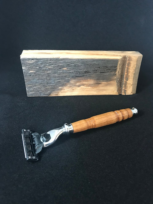 Whiskey Barrel Razor