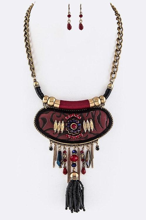 Iconic Leather Craft Bib Necklace Set