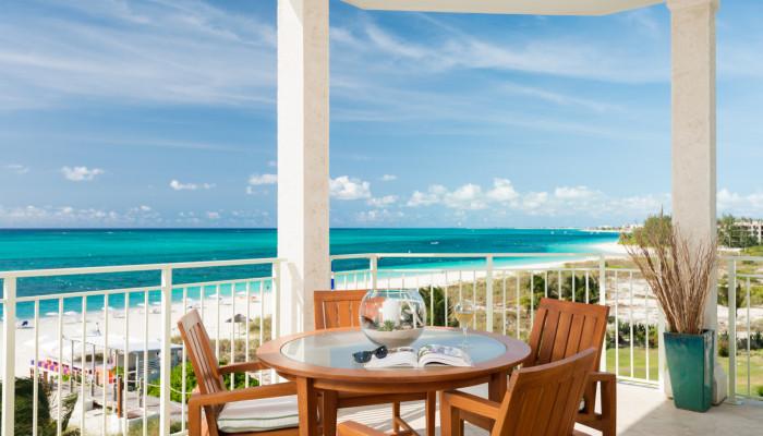 wbc-gallery-room_oceanfront_luxury_three_bedroom_suite-00.jpg-nggid017-ngg0dyn-700x400x100