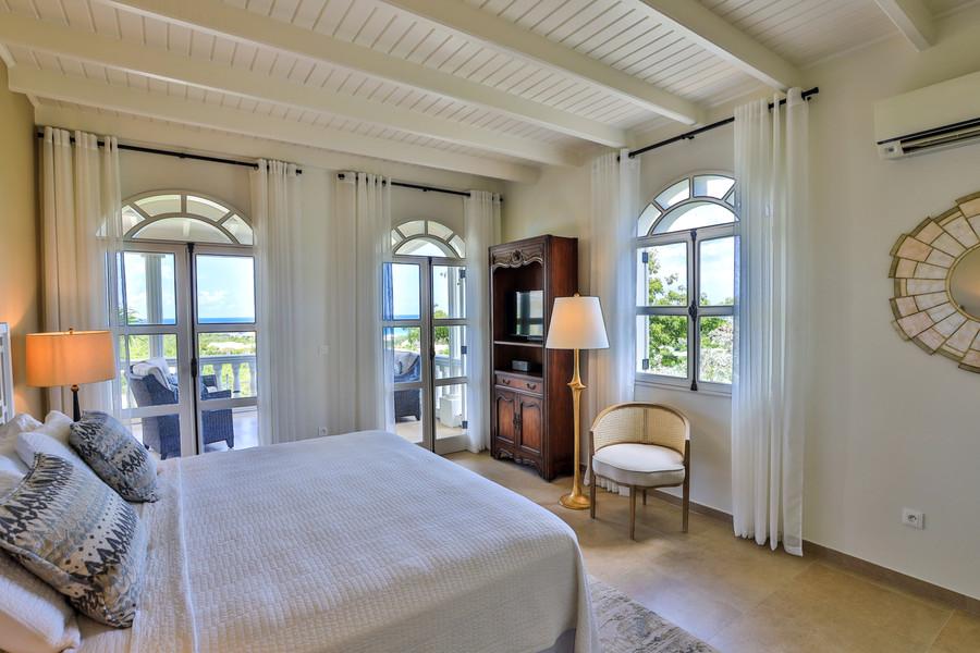 034-Guest Room 2.jpg