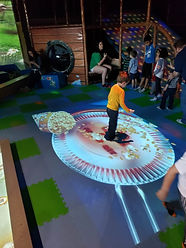 hunet_trampoline_1.jpg