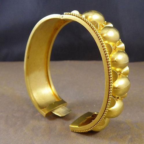 Victorian Gold Cuff Bangle, Yellow Gold, Circa 1880s