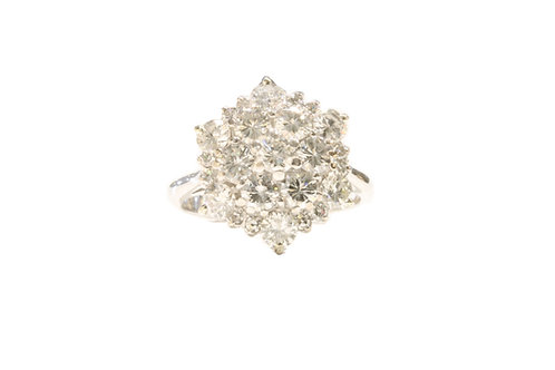 2.44ct Diamond cluster ring