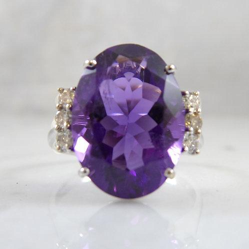 Modern 4.13 Carat Amethyst and Diamond Dress Ring, 14 Carat White Gold