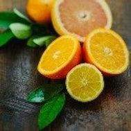 Citron and Mandarin 13 Oz