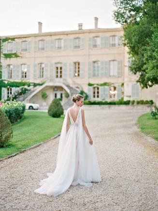 @oliverflyphotography @jenniferfoxweddings @missrose_by_perrine @ylva.langenskiold @chateaudestoublon   @provenceclassics @hairbyalejandra