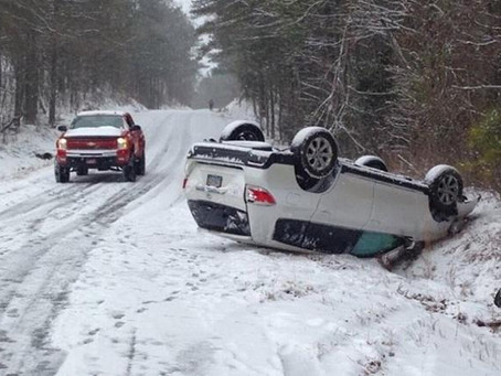 STAY SAFE WHILE DRIVING IN THE WINTER!