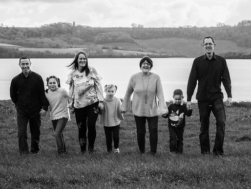 Extended Family Photographer | The Mathews | Torpoint green, Nr Plymouth, Devon.