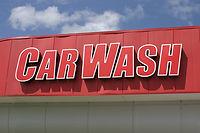 signe de lavage de voiture rouge