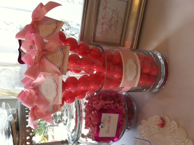 Bubble Gum Favor Centerpiece