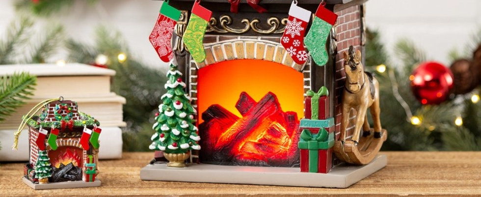Scentsy Holiday Hearth 2020 Limited Edition Christmas Warmer