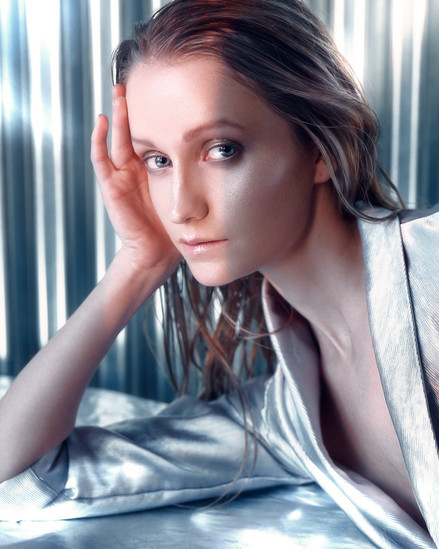 Krystin C. by Réjean Brandt Photography.  Winnipeg, Manitoba portrait, fashion & commercial photographer.