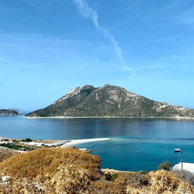 La Baie d'Aegiali parfaitement sereine