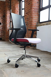 elite-office-furniture-gallery-vida-04.j