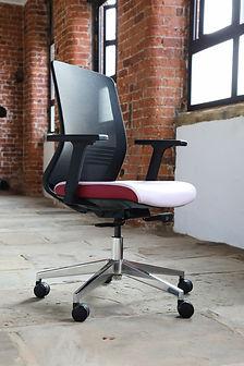 elite-office-furniture-gallery-vida-04.j