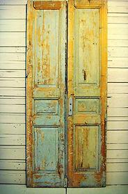 דלתות יד 2 ישנות עתיקות מפירוק
