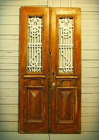 דלתות יד 2 ישנות עתיקות