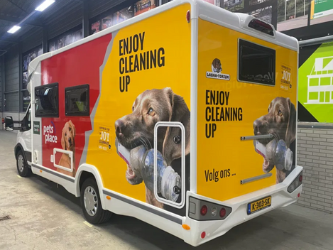 Pets Place sponsor van Enjoycleaningup