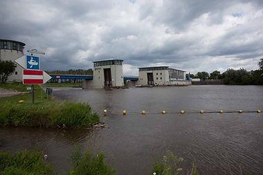 Wasserkraftwerk-Schluesselburg.jpg