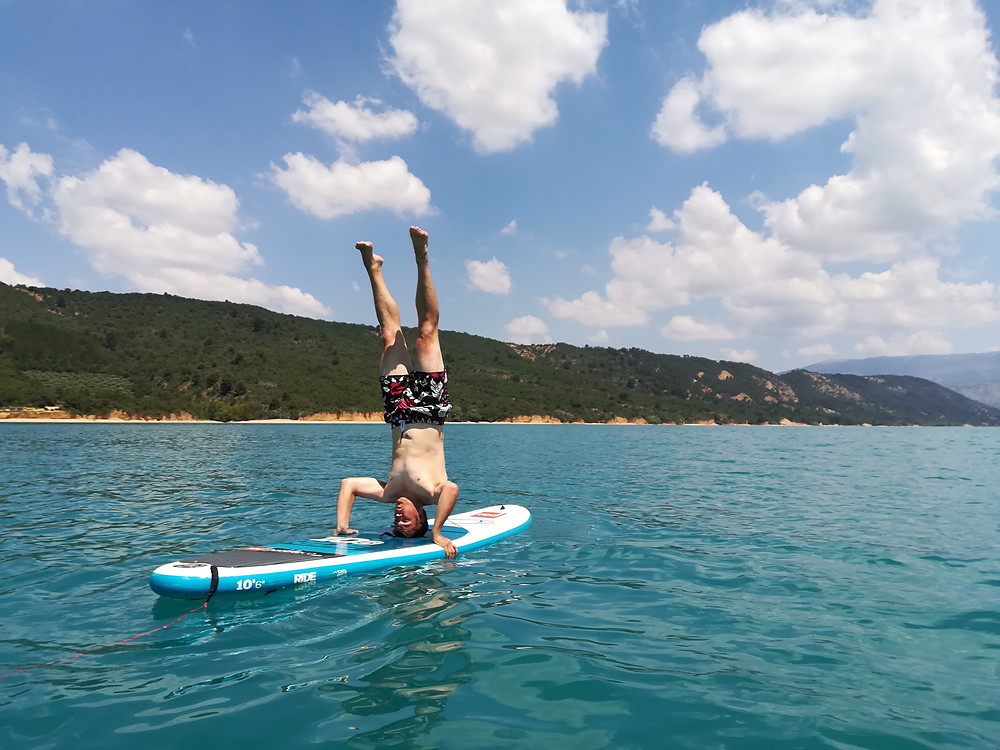 SUP headstand on the Verdon