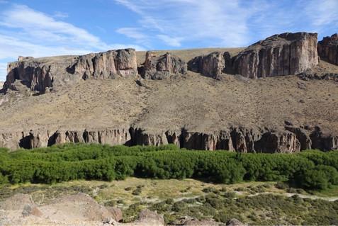 Canyon camping, hanging glaciers and rafting