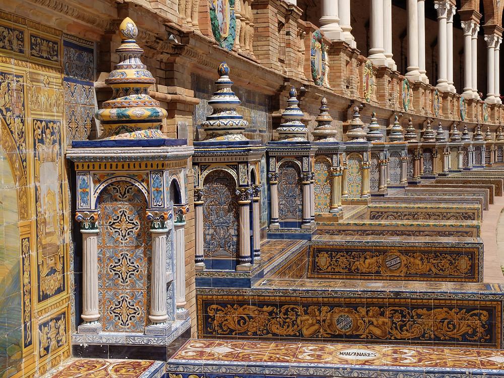 Plaza de Espana ceramics