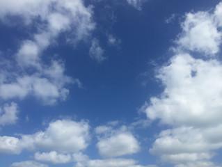 空を見上げると★