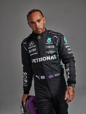 Lewis Hamilton 2021.jpg