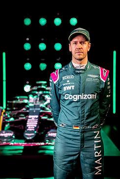 Sebastian Vettel 2021.jpg