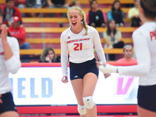 Women's Volleyball Downs Rival Fairfield on the Road, 3-1