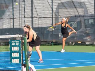 Women's Tennis Tops Delhi 8-1