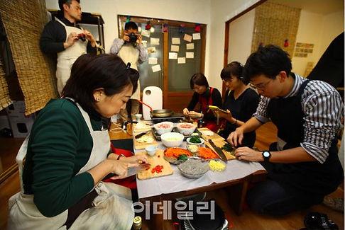 일본 언론인 50명 전주 비빔밥 등 맛투어 출발
